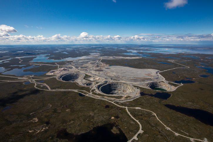 17-aerial-view-of-the-ekati-diamond-mine